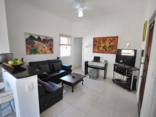Spacious 2 BR w / lateral view of Ocean - Copacabana vacation rentals