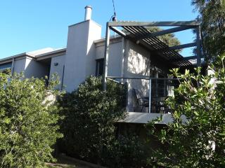2 bedroom House with A/C in Barwon Heads - Barwon Heads vacation rentals