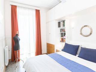 Central, Chic Designer Minerva - near the Colosseum, Monti & St. John Basilica - Rome vacation rentals