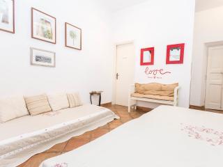 Rome Trastevere real roman studio - Rome vacation rentals