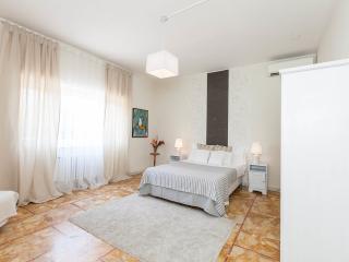 Silverio Vatican House - Rome vacation rentals
