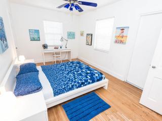 2 bed 2 bath flamingo park private  parking - Miami Beach vacation rentals