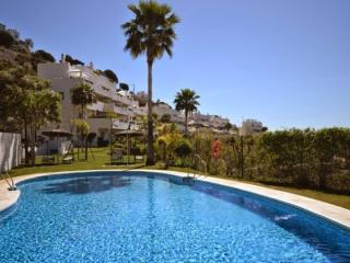 Luxury modern apartment in Benahavis, sleeps 6 - Benahavis vacation rentals
