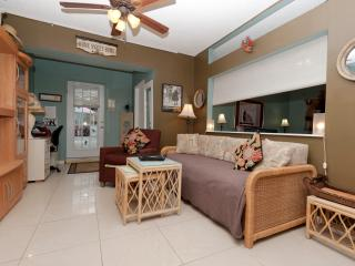 HOME -----sweet----- HOME - Hollywood vacation rentals
