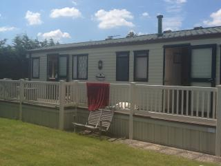 Holiday caravan at Waldegraves West Mersea Essex - Mersea Island vacation rentals
