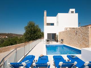 Casa Magda - Modern Villa with private pool - Silves vacation rentals