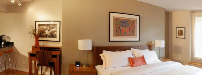 $179/NIGHT FEBRUARY SPECIALl: King/Queen Suite w Patio (Breakfast & Yoga Incl.) - Image 1 - New York City - rentals