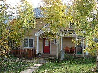 Awesome Elk Ave location! 6th nt free! - Crested Butte vacation rentals