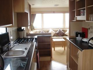 Caravan.Thornwick bay.Flamborough .Nr BRIDLINGTON. - Flamborough vacation rentals