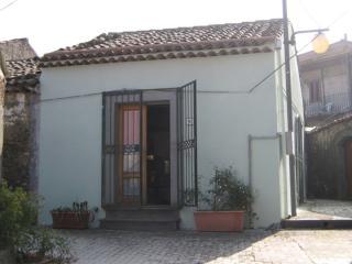 """Casa Vacanze """"San Rocco"""" - Linguaglossa vacation rentals"""
