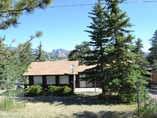 Nice Cabin with Deck and Internet Access - Estes Park vacation rentals
