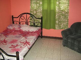 3 bedroom House with Internet Access in Dasmarinas City - Dasmarinas City vacation rentals