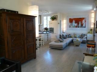 120 M²Duplex Apartment In Cap D'Antibes, - Antibes vacation rentals