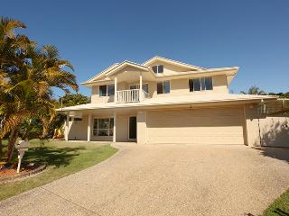 11 Dalmore Court, Coolum Beach - Pet Friendly, $500 BOND - Coolum Beach vacation rentals