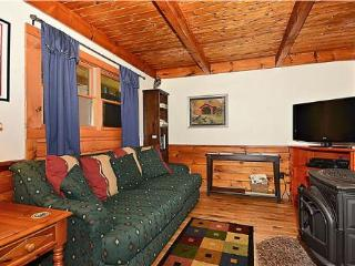 Comfortable 4 bedroom Stowe House with Deck - Stowe vacation rentals