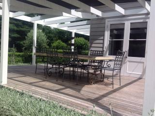 Beautiful House in Burrawang with Grill, sleeps 5 - Burrawang vacation rentals