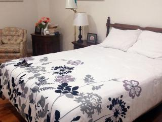 Economy Suite Fully Furnished, Great Bargain WiFi - Los Angeles vacation rentals