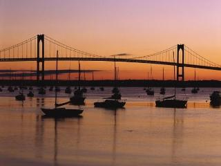 2 Bedrooms Condo in the heart of Newport - Newport vacation rentals