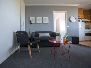 Sunny Central 1 BR FREE WIFI - Melbourne vacation rentals