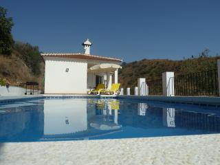 Cozy 3 bedroom Arenas Villa with Internet Access - Arenas vacation rentals