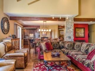 Fox Run Stunning Peak 8 5Bd/5.5Ba Walk-in/Ski-out Home, Views Will Take Your Breath Away! - Breckenridge vacation rentals