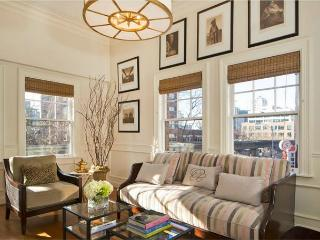 Luxury Living in the Heart of Downtown - Tons of Charm! Enjoy FALL SAVINGS! - Seattle vacation rentals