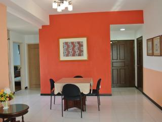 Beautiful 2 bedroom Condo in Klebang Kechil with Internet Access - Klebang Kechil vacation rentals