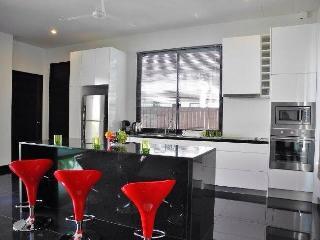 Villa in Rawai for long term - Rawai vacation rentals