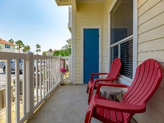 1BR First Floor Beach Club Condo for 4 Guests - Walk to the Beach! - Corpus Christi vacation rentals