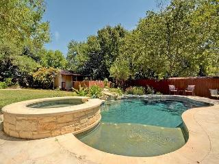 3BR/2BA Elegant House with Pool and Hot Tub in Tarrytown, Sleeps 8 - Austin vacation rentals