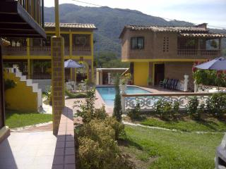 Bright 6 bedroom Finca in Medellin - Medellin vacation rentals
