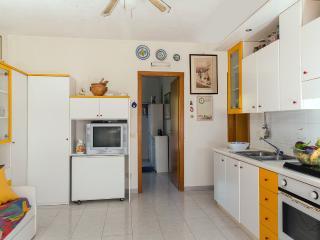Delizioso appartamento in residence - Fondachello vacation rentals