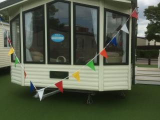 luxuary caravan pointclear haven - St Osyth vacation rentals