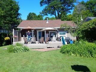 Cozy Cottage with Deck and Outdoor Dining Area - Orillia vacation rentals