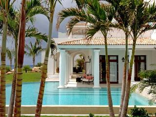 Modern 4 Bedroom Villa - Terres Basses vacation rentals