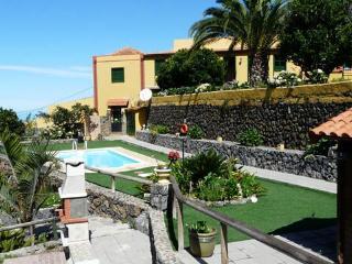 Landhaus La Orotava - Haus B - La Orotava vacation rentals