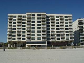 3 bedroom, 2 bathroom, oceanfront condo - North Myrtle Beach vacation rentals
