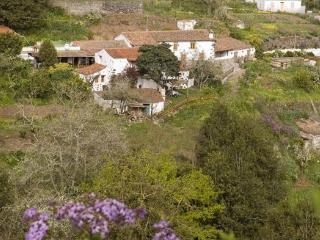 Landhaus des Liedes - Haus B - Valleseco vacation rentals