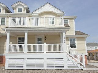 8215 Second Avenue - Stone Harbor vacation rentals
