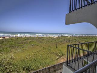 BEACHFRONT RELAXATION! Private Balcony-KING,wifi - South Padre Island vacation rentals