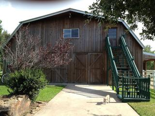 Farm Apartment 1600 Square Feet - Katy vacation rentals