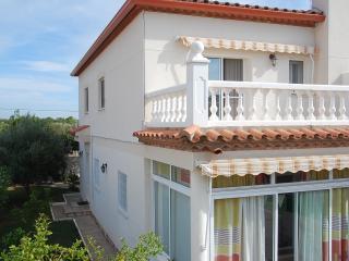 Lainga - Miami Platja vacation rentals
