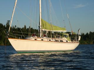 Bainbridge Island Dreamboat with optional day sail - Bainbridge Island vacation rentals