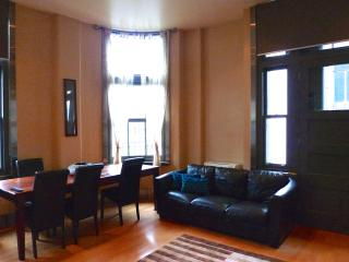 Fairfax Family Lt. Collins (Sleeps 6) - Melbourne vacation rentals