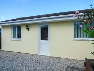 THE ANNEXE, CORMORANT DRIVE, ground floor cottage, parking, patio, ideal for visiting the Eden Project, in Saint Austell, Ref 927546 - Saint Austell vacation rentals