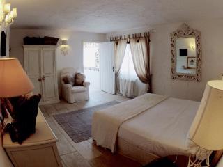 1 bedroom Townhouse with A/C in Poltu Quatu - Poltu Quatu vacation rentals