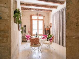1 BDR House of Character in Mdina: Prime location - Mdina vacation rentals