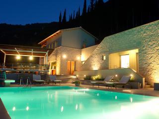 Arenaria L. Villas complex - Villa Santolina - Lefkada Town vacation rentals