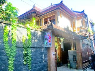 Ume Sita Home Stay - Pejeng vacation rentals