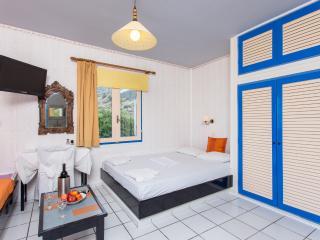 Cozy Hersonissos vacation Condo with Alarm Clock - Hersonissos vacation rentals